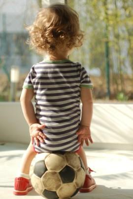 Kind, Kinder-Homöopathie, Bauchweh, Koliken, Globulix, Homöopathie, Katrin Reichelt, Globuli