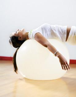 Gelenke, Rücken, Hüften, Knie, Schultern, Schmerzen, Bewegung, Osteopathie, Homöopathie, Globuli, Globulix, Katrin Reichelt