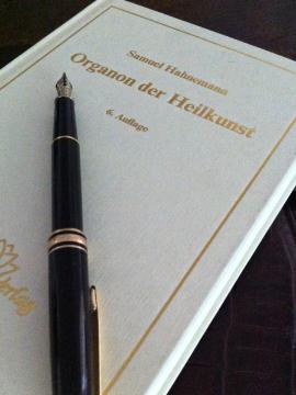 Globuli, Homöopathie, Hahnemann, Organon, Heilkunst, Narayana