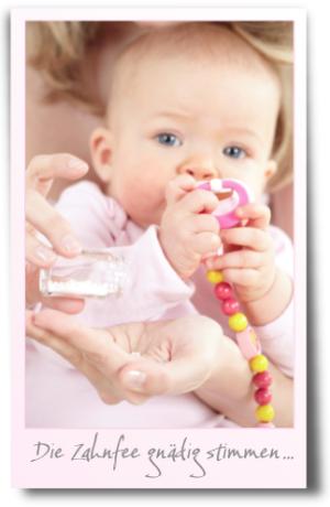 Zahnen, Babys, Schmerzen, Sabbern, Chamomilla, Globuli, Homöopathie, sanfte Medizin