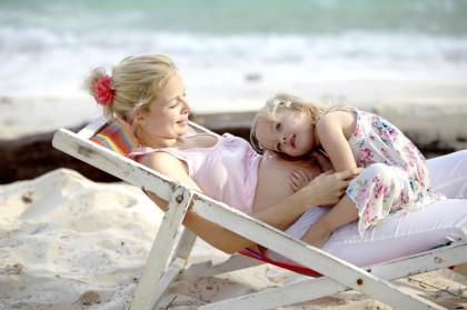 Frau, Mutter, Kind, schwanger, Osteopathie