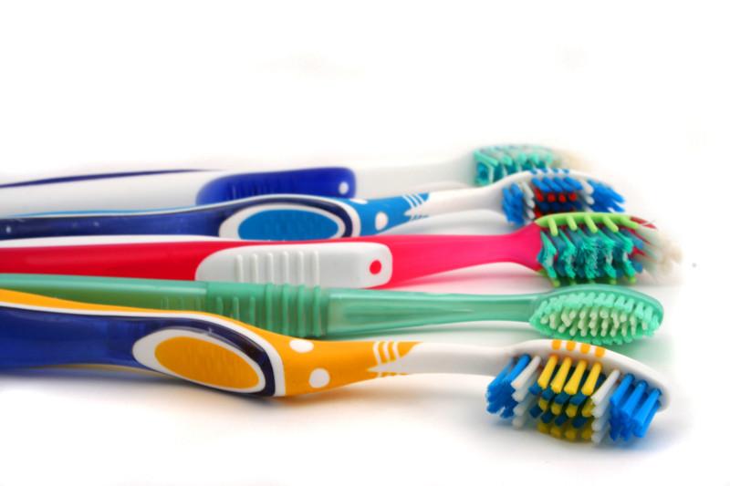 Zahnpflege, Zahnbürste, Zahnschmerzen, Zahnpflege, Schmerzen, Karies, Zahnfleischbluten,Globuli, Globulix